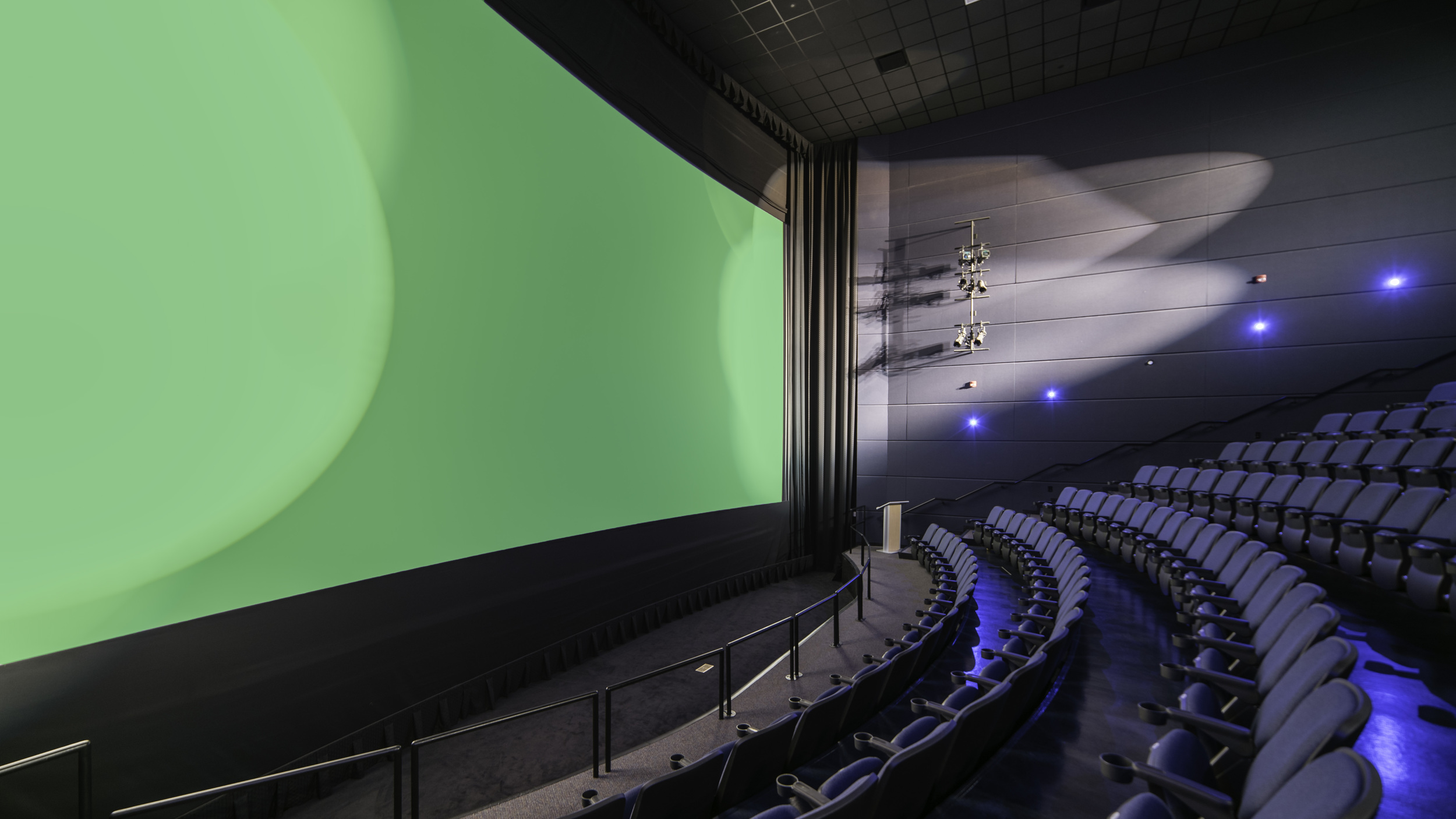 Welcome to   The Big Green Screen Theatre    Movie Times