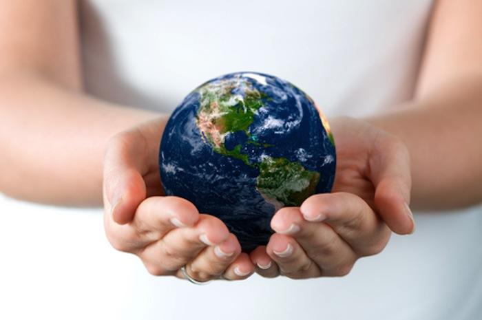globehands.jpg