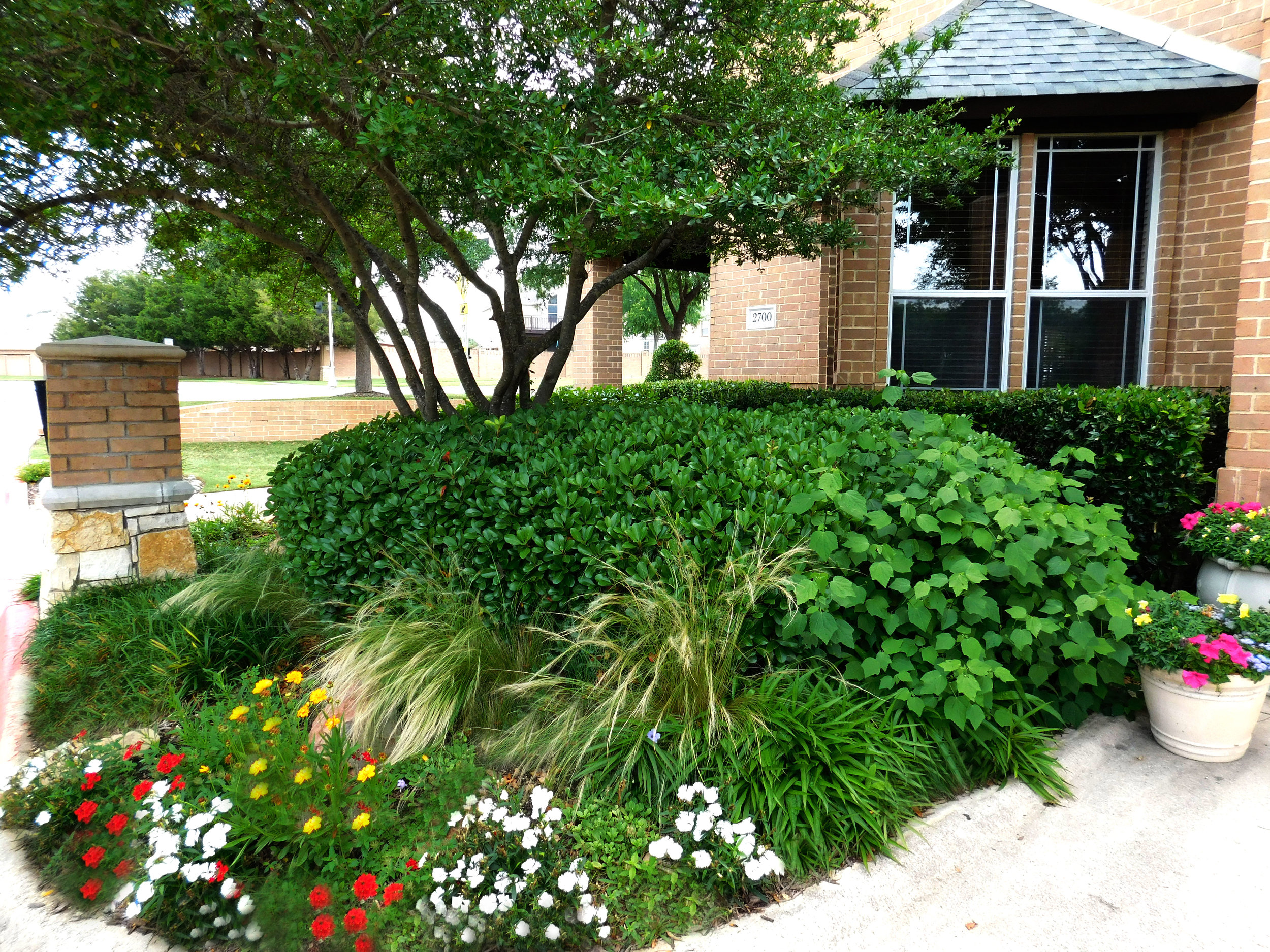 Outside-Clubhouse-2.jpg