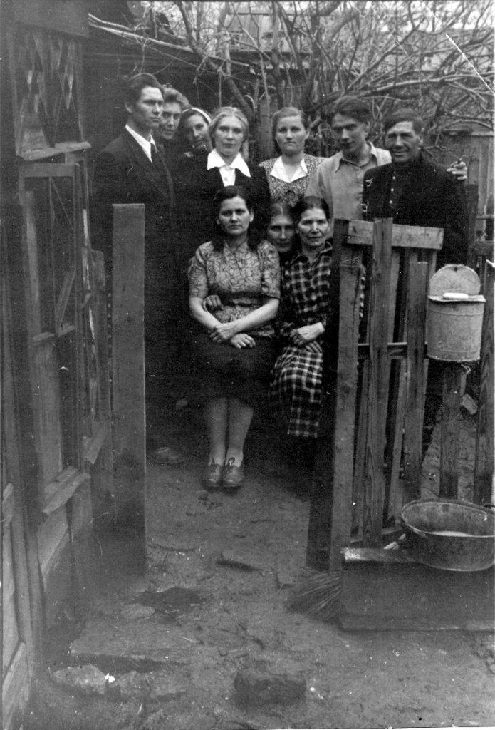 The Chetkov family in 1954