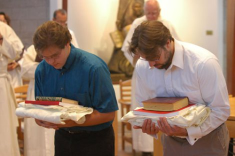 Fr. Stephen Gaertner (right) being vested as a Norbertine Novice of Santa Maria de la Vid Priory in Albuquerque, New Mexico