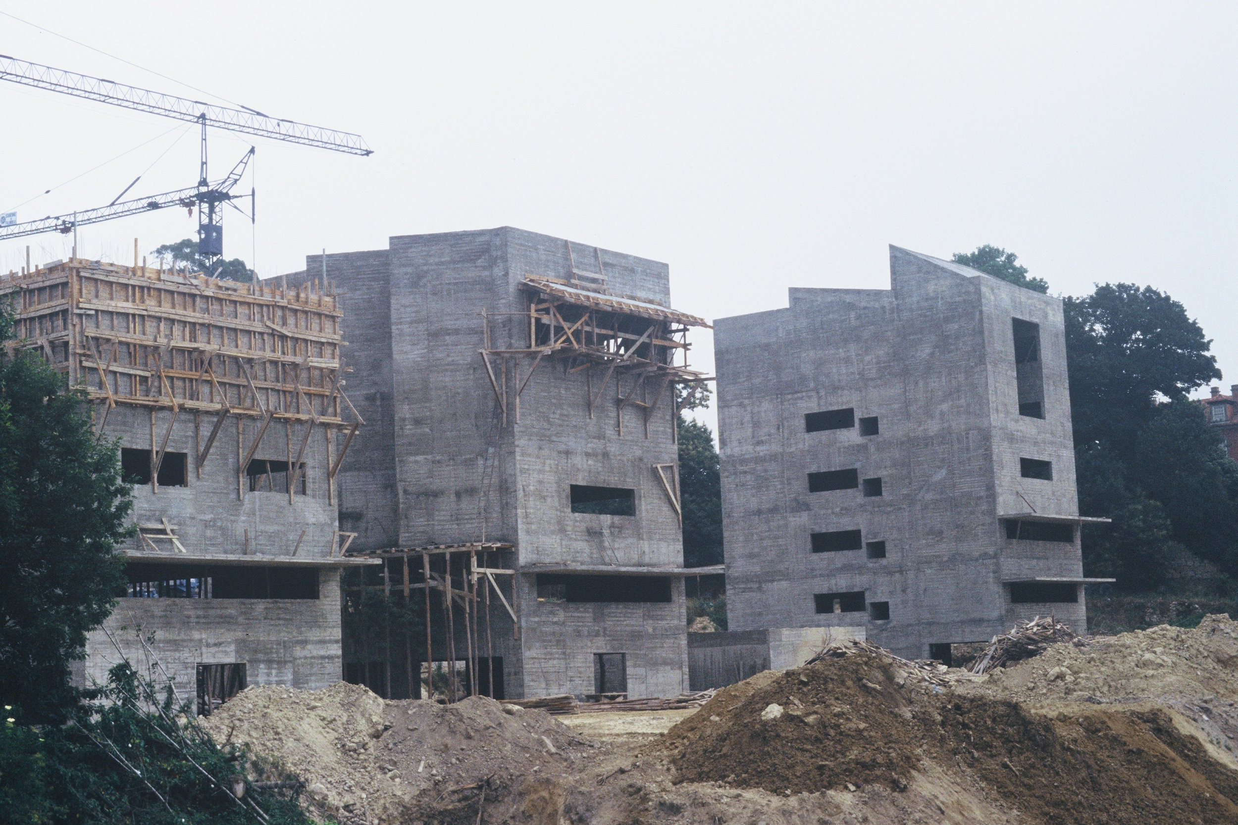 João Vieira Caldas,  FAUP of Álvaro Siza in construction.