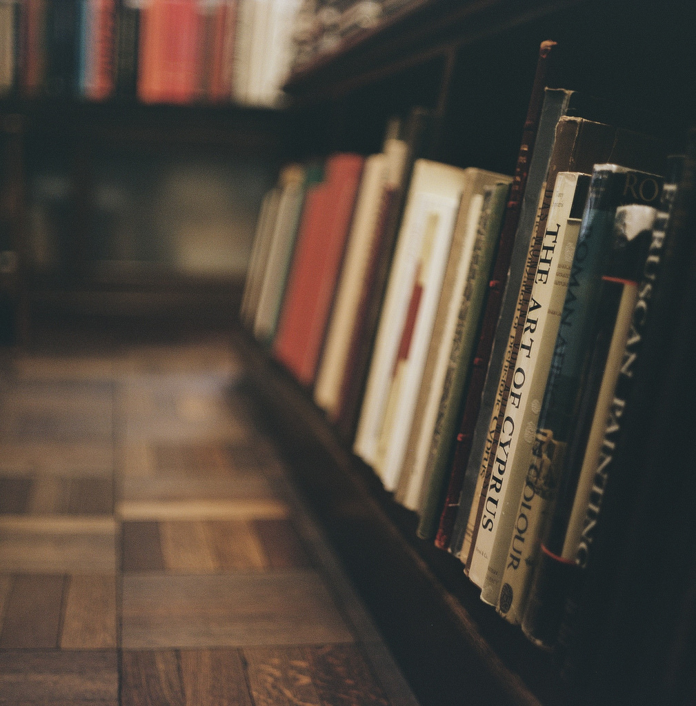 books-library-book-photography.jpg