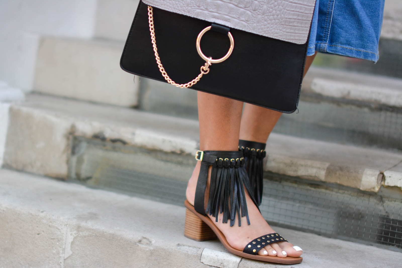 EJSTYLE-Emma-Hill-wears-Aldo-fringe-studded-sandals-Chloe-Faye-dupe-bag-London-Street-Style-summer-fashion-SS15.jpg