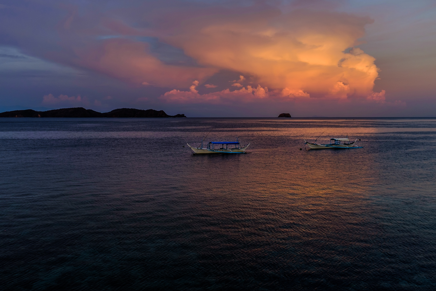 Sunrise Anilao; Looking out to Caban and Sombrero Islands