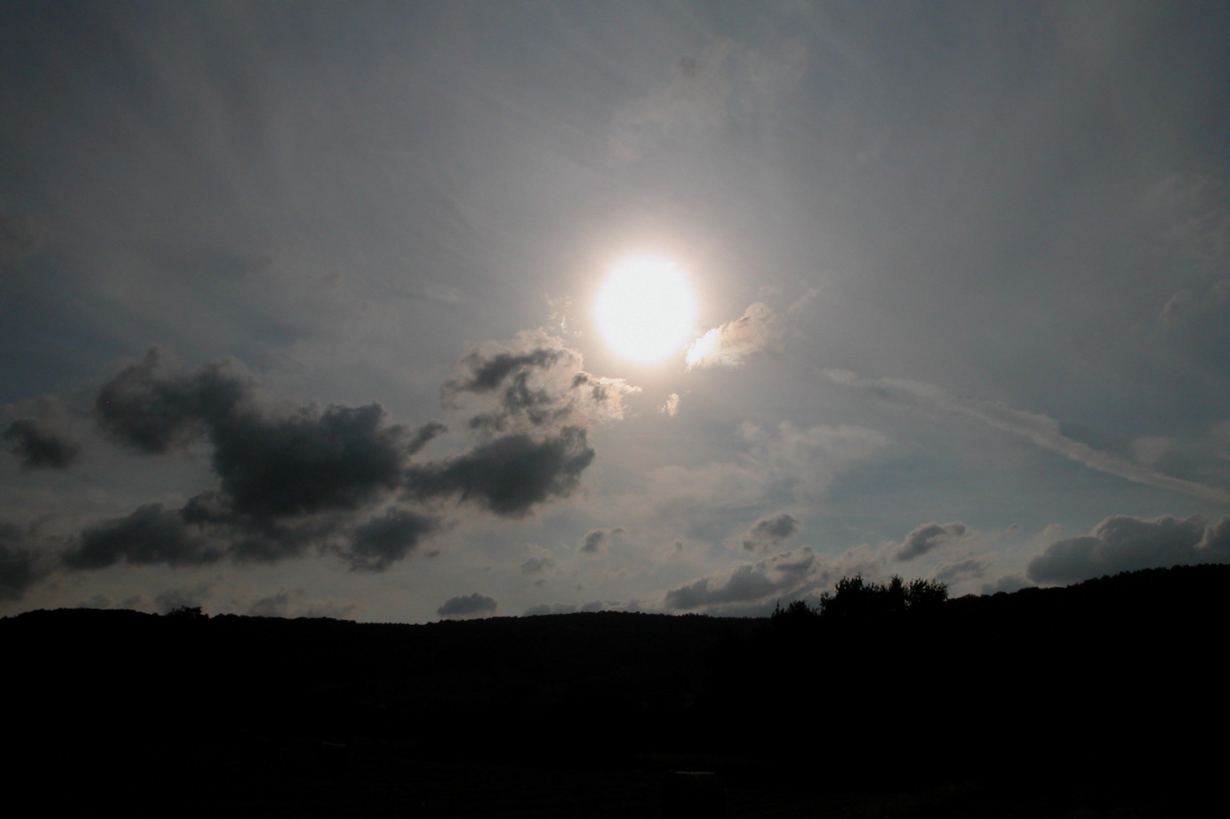 The sun at dusk. Image credit: Oliver Herold, CC BY 3.0