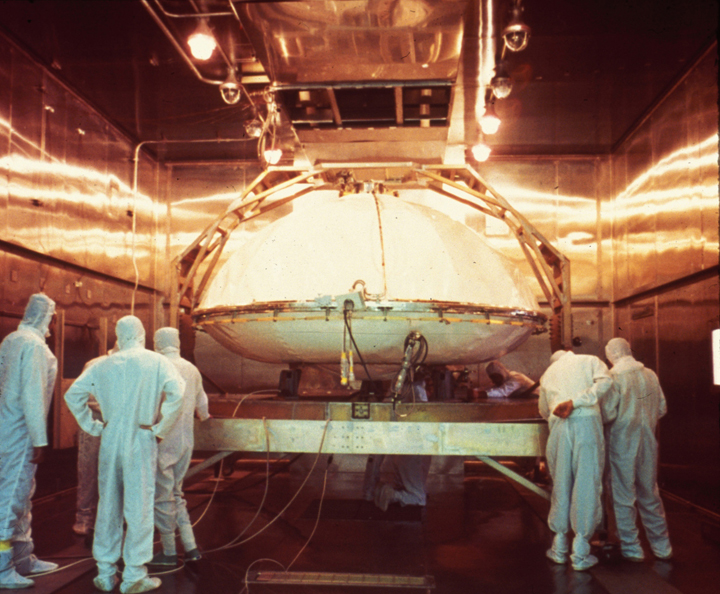 One of the Viking landers being prepared for dry heat sterilization. Image credit: NASA