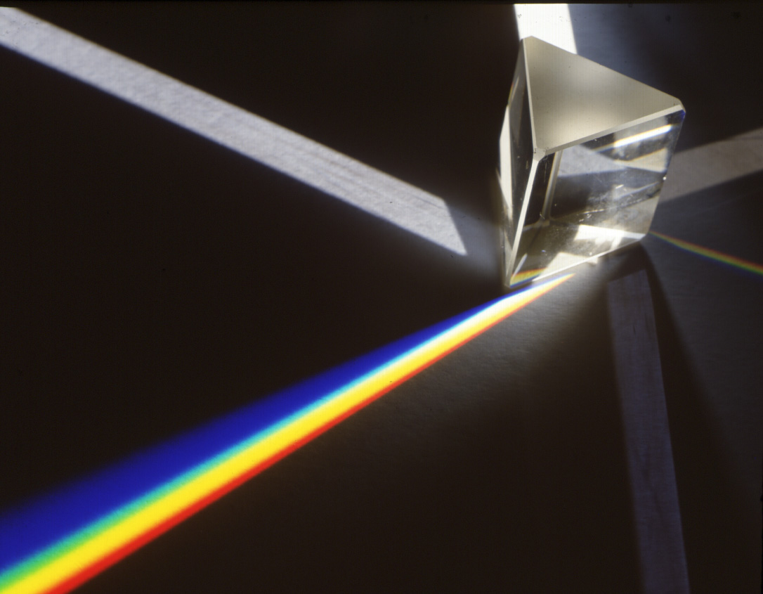 A little like Newton's famous experiment, with white light split up into a full visible spectrum.  Image credit: Adam Hart-Davis