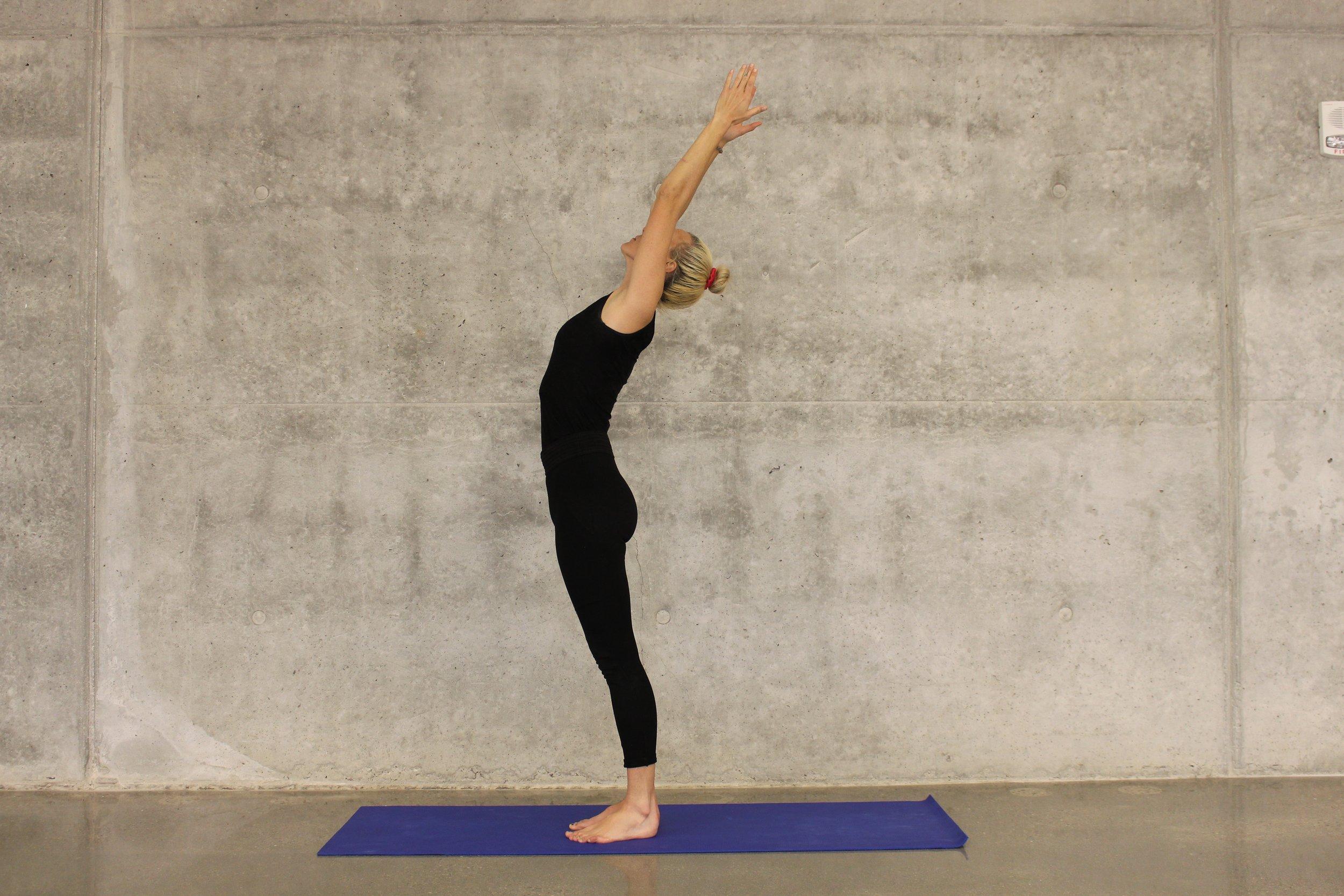 Vinyasa Flow Yoga - Sarah Rush