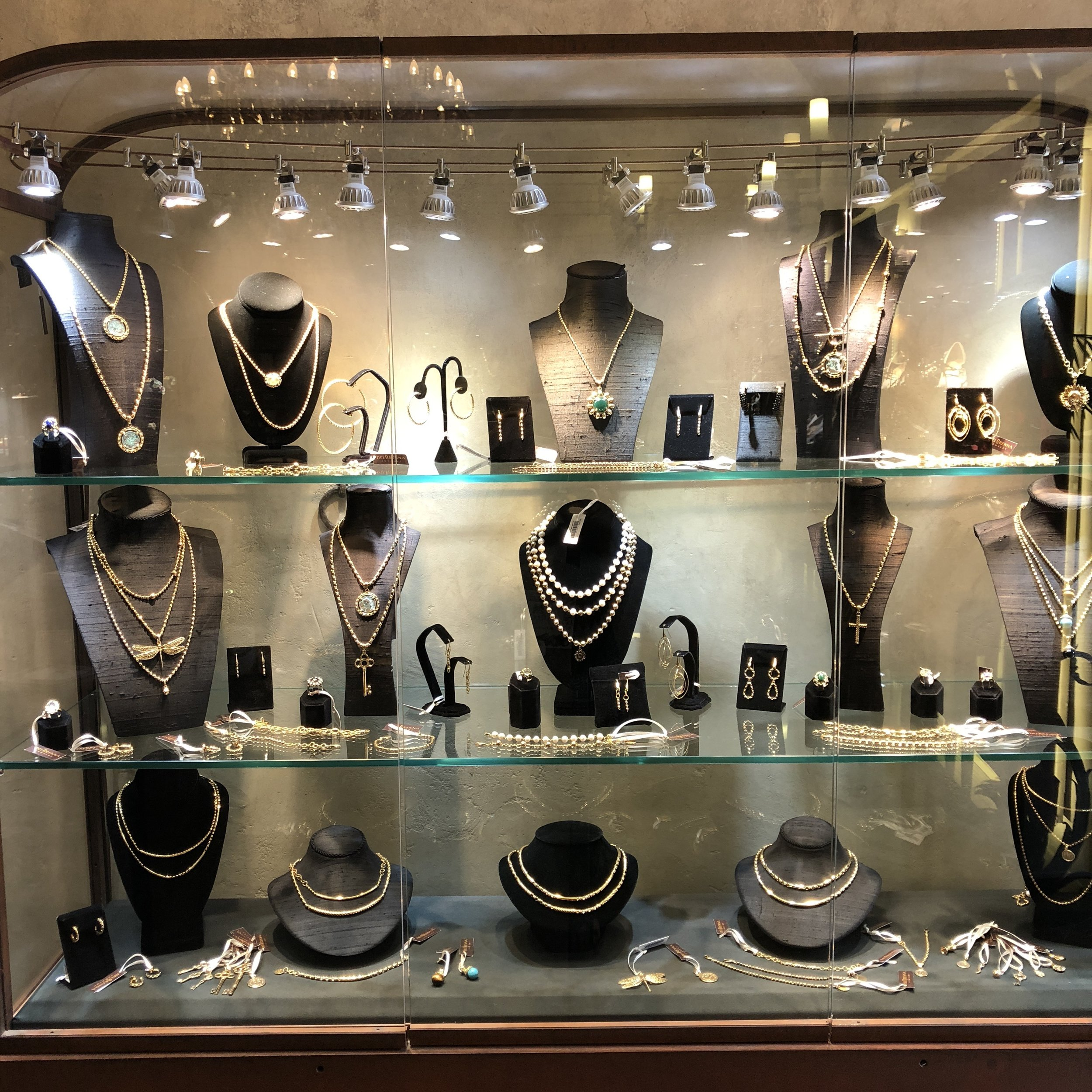 Delbrenna-jewelry-case.jpg