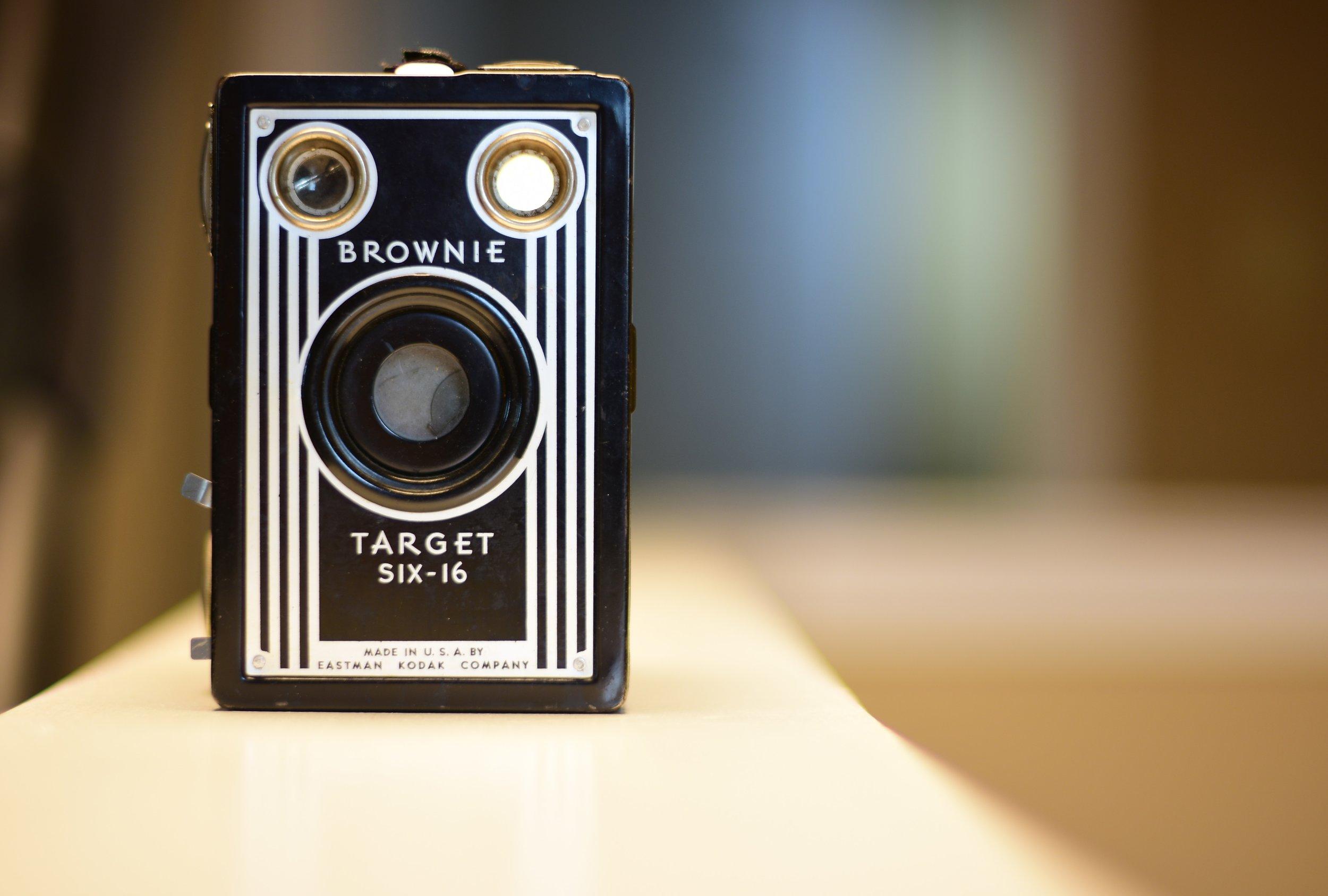 glimsen-brownie-camera.jpg