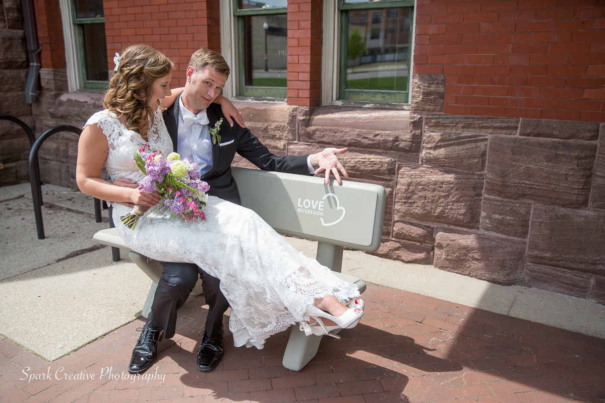muskegon wedding16.jpg
