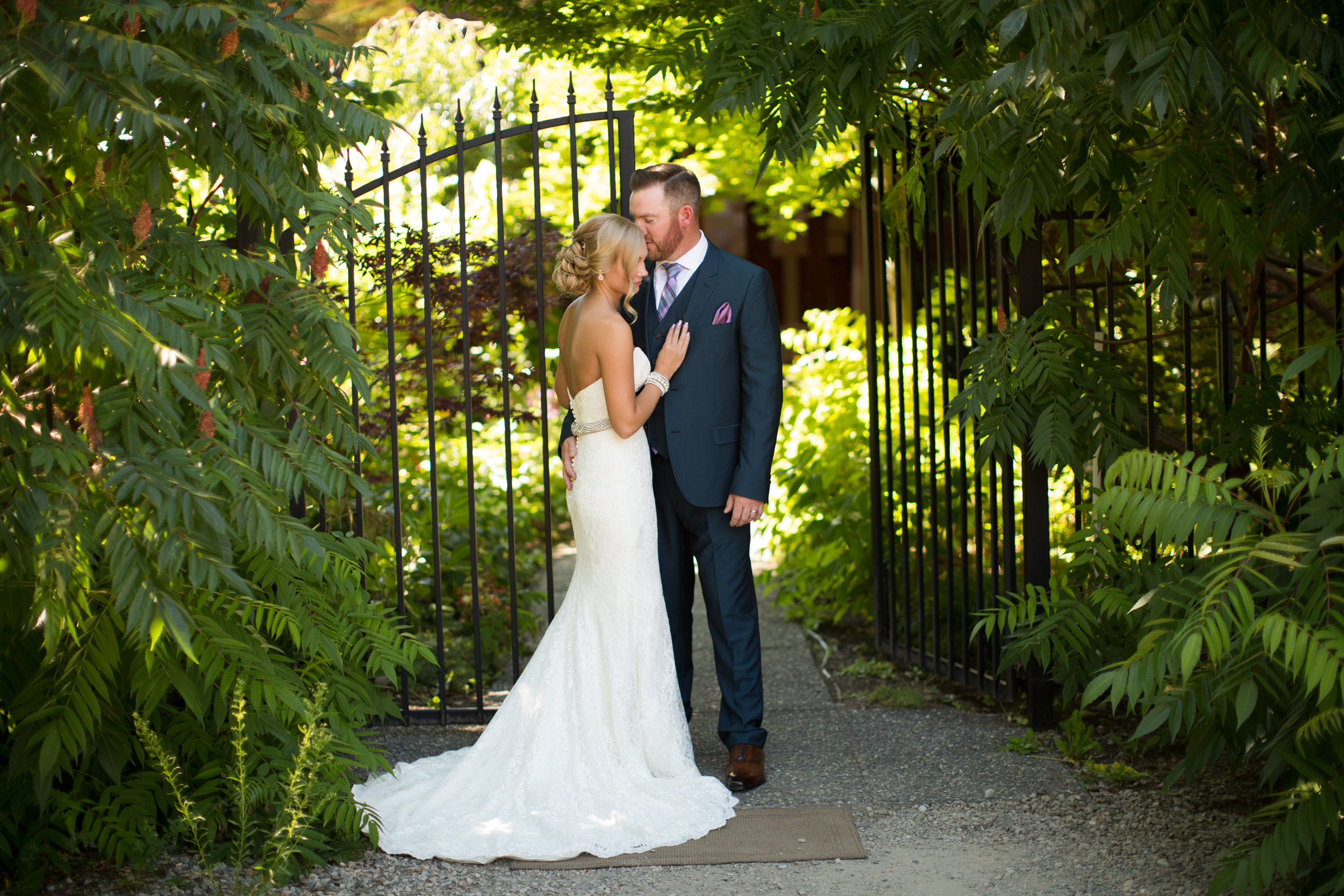 Second Photographer for White Willow Photography Wedding in Kaleden British Columbia Canada.