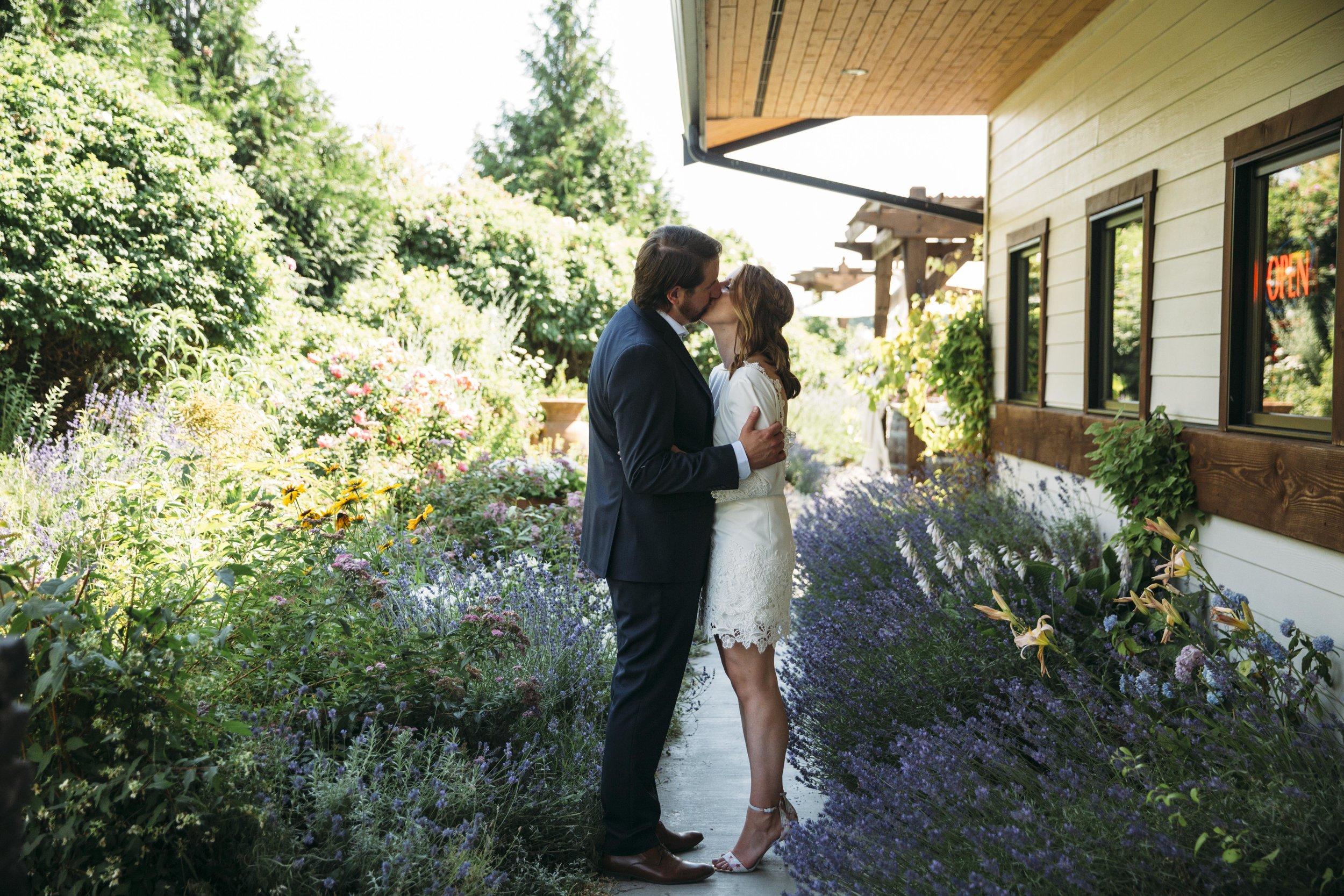 Jakkie & Chris wedding photographs at  Ancient Hills Winery  in Kelowna