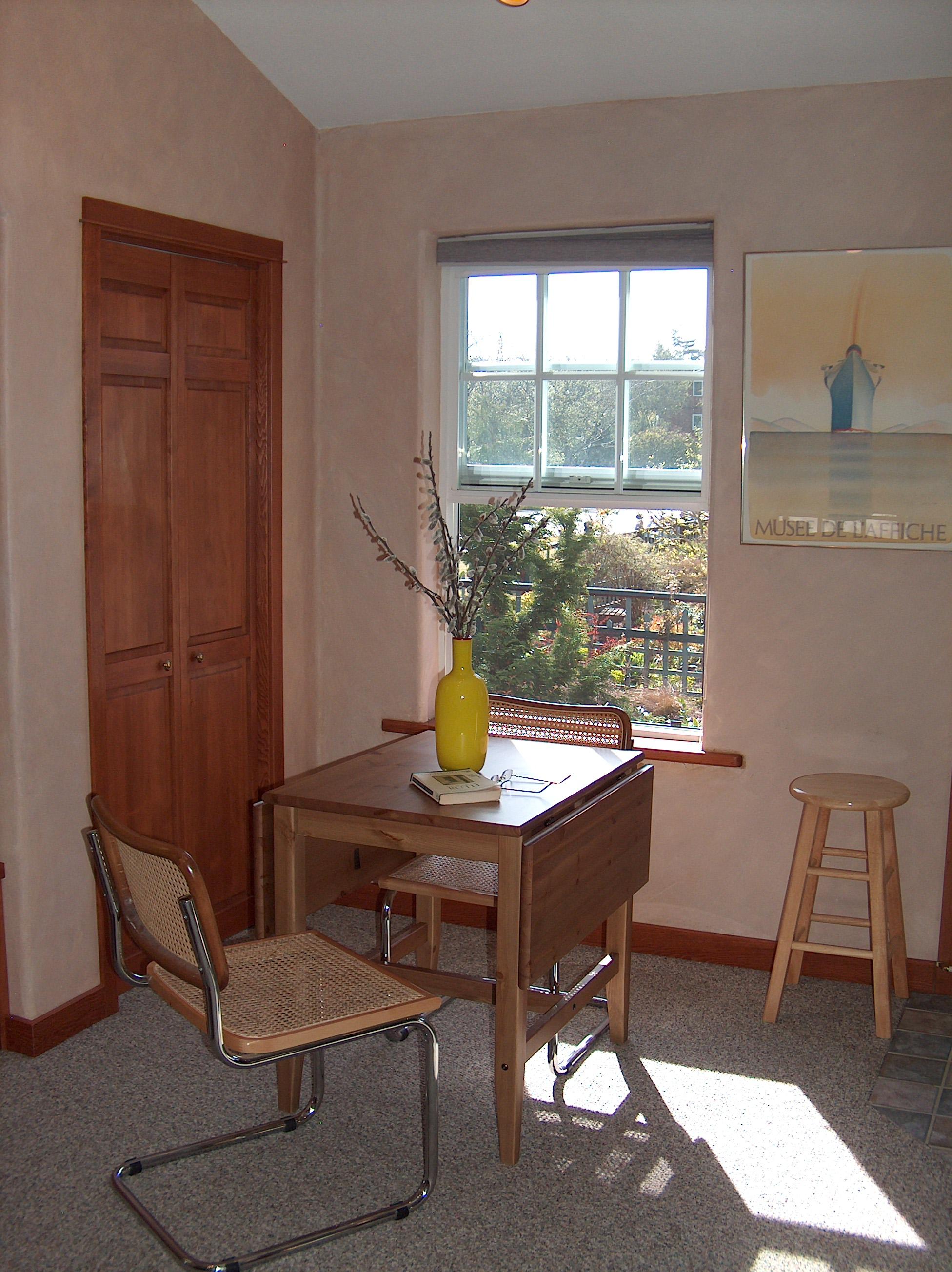 Cottage Dining-2.jpg