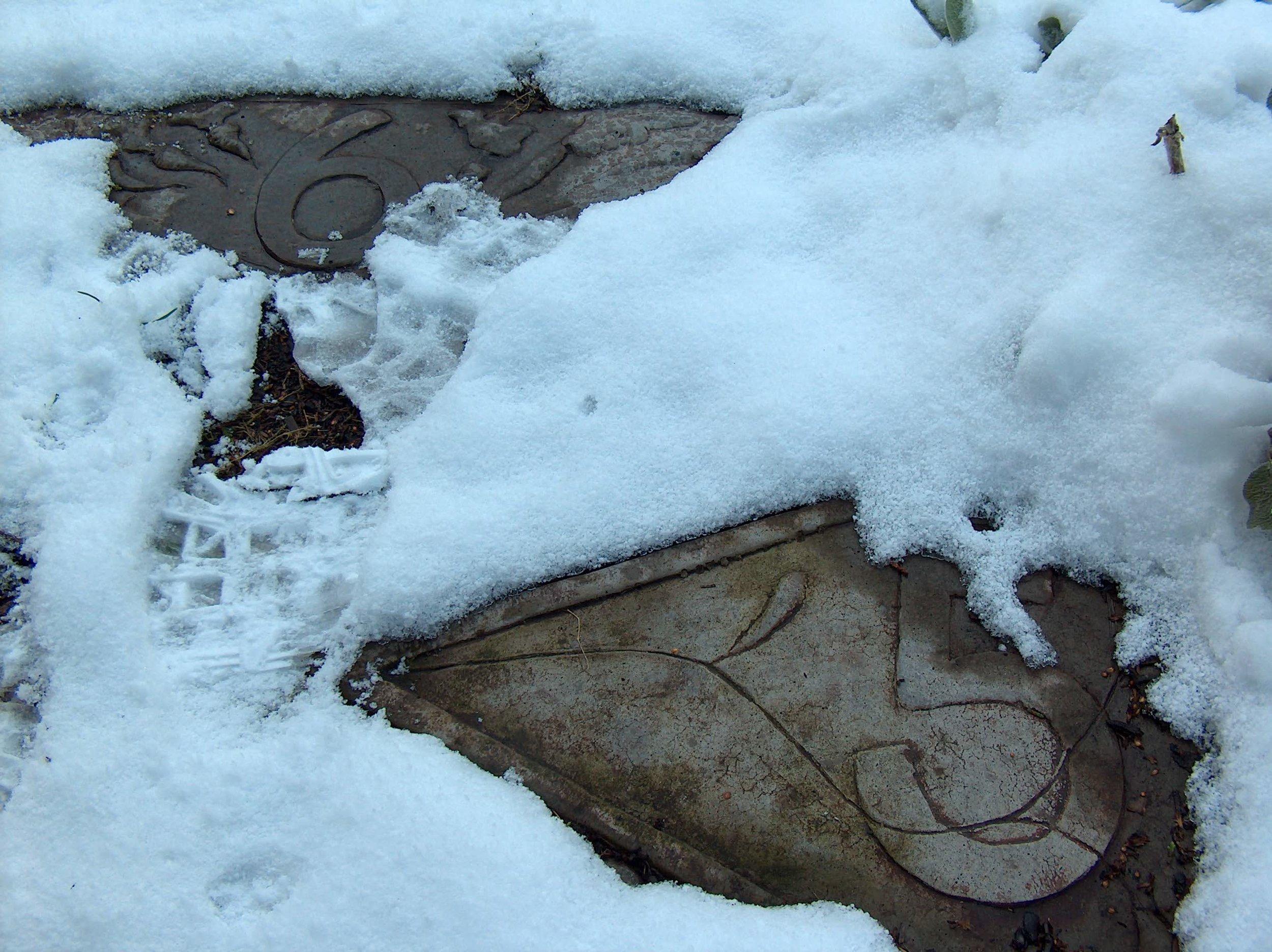 Hopsotch&Snow.jpg