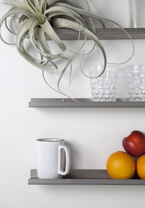 kichen-shelf-styling.jpg