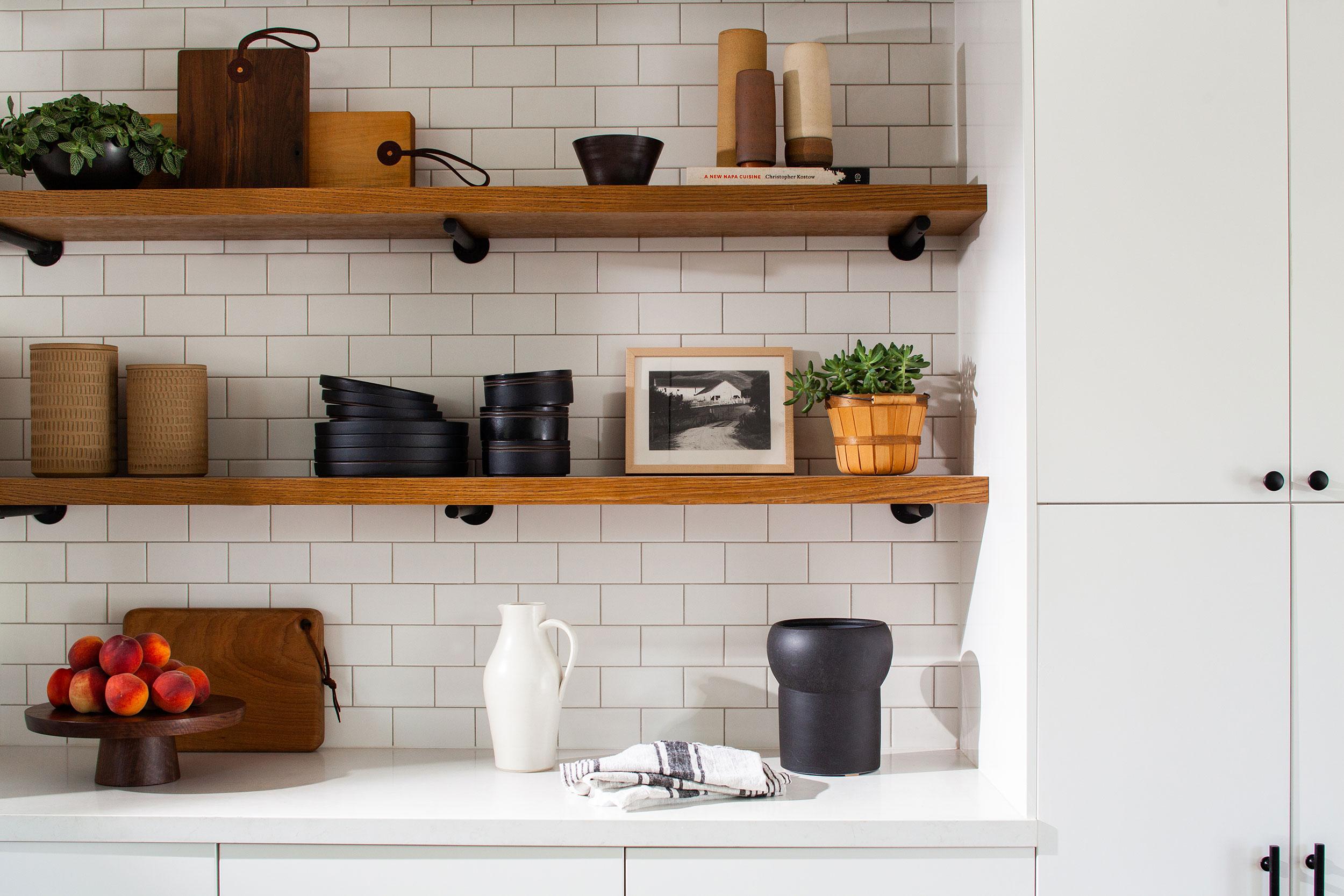modern-farmhouse-kitchen-shelves.jpg