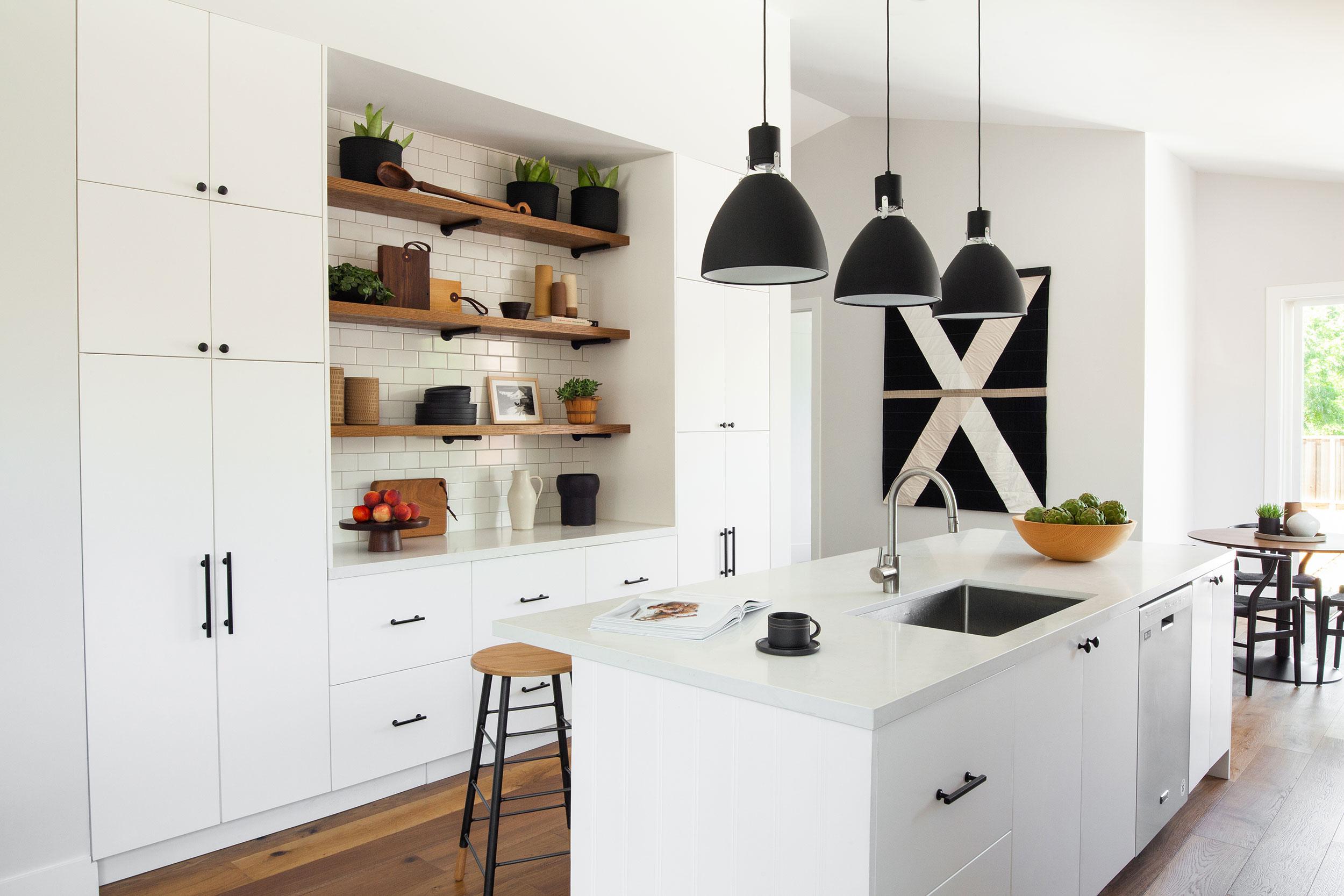 modern-farmhouse-kitchen2.jpg