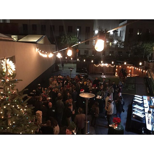 Last Night was a Blast!! 💥 Thank you @radicalmedia for having Green Truck host your annual Holiday Party! 🎄  #greentruck #vegan #foodtruck #lavenue #dtla