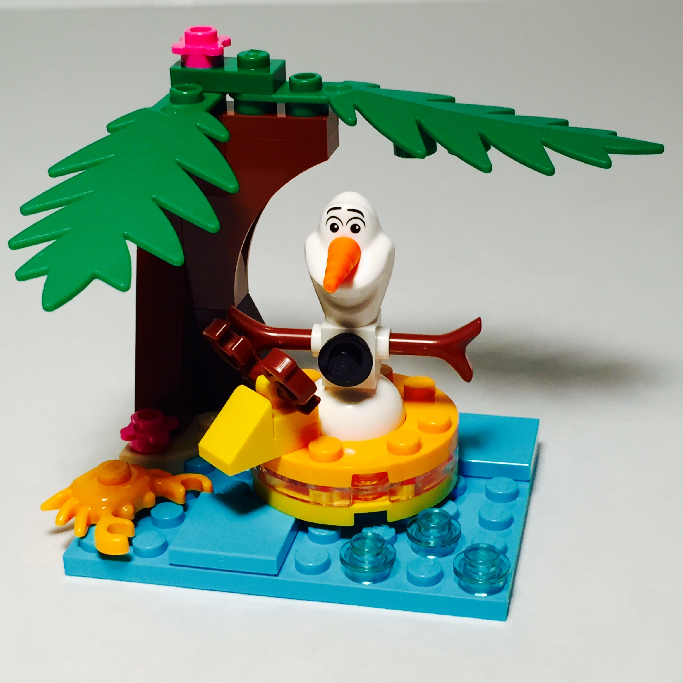 Olaf's Summertime Fun 6.jpg
