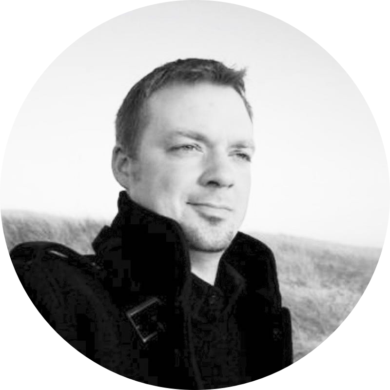 Andre Mohr  UI/UX  Andre has 10+ years of experience in Product Design and UX, applying user-centric product strategy and design/development approaches at Microsoft, AOL, frog, and Mohr Design Inc.
