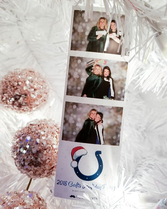 Holiday partying with Indianapolis Colts tonight! . . . . . #freezeframez #wedding #reception #photobooth #partyrental #openairbooth #weddingreception #indianapolisphotographer #indianawedding #companyparty #partyplanner #custombackdrop #weddingplanner #weddingplanning #eventpros #eventrental #corporateevent #indyevent #weddingidea #photoboothfun #eventplanner #eventplanning #indianapolis #indiana #photoboothprops #photoboothideas #colts #indianapoliscolts