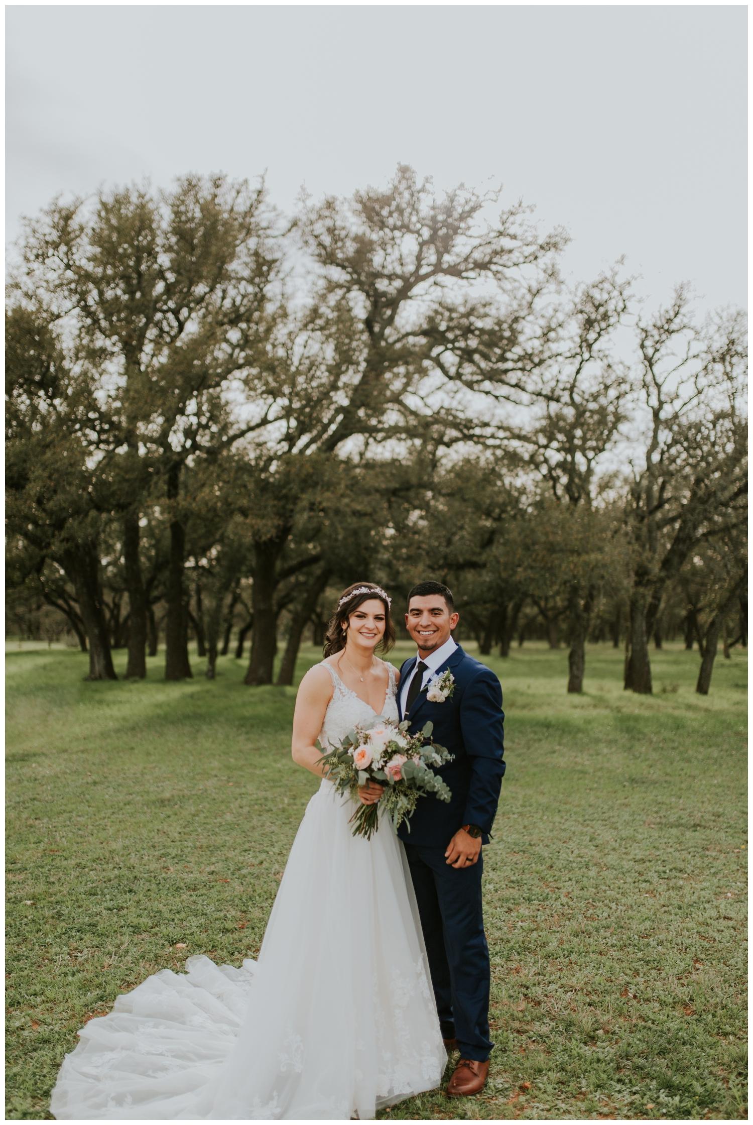 Ashlee+Mike, Featherstone Ranch Spring Wedding, San Antonio, Contista Productions Wedding Photography_0010.jpg