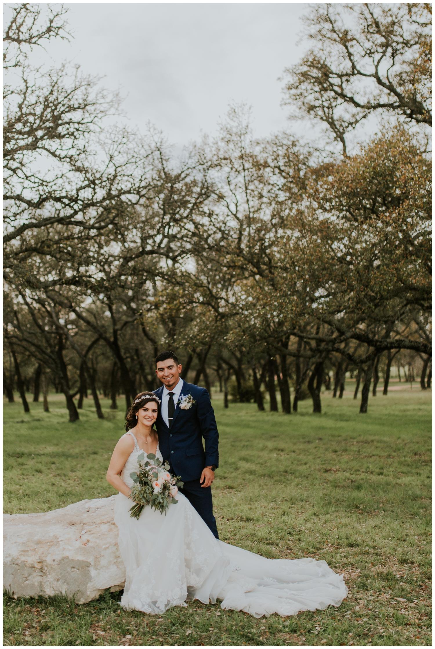 Ashlee+Mike, Featherstone Ranch Spring Wedding, San Antonio, Contista Productions Wedding Photography_0014.jpg