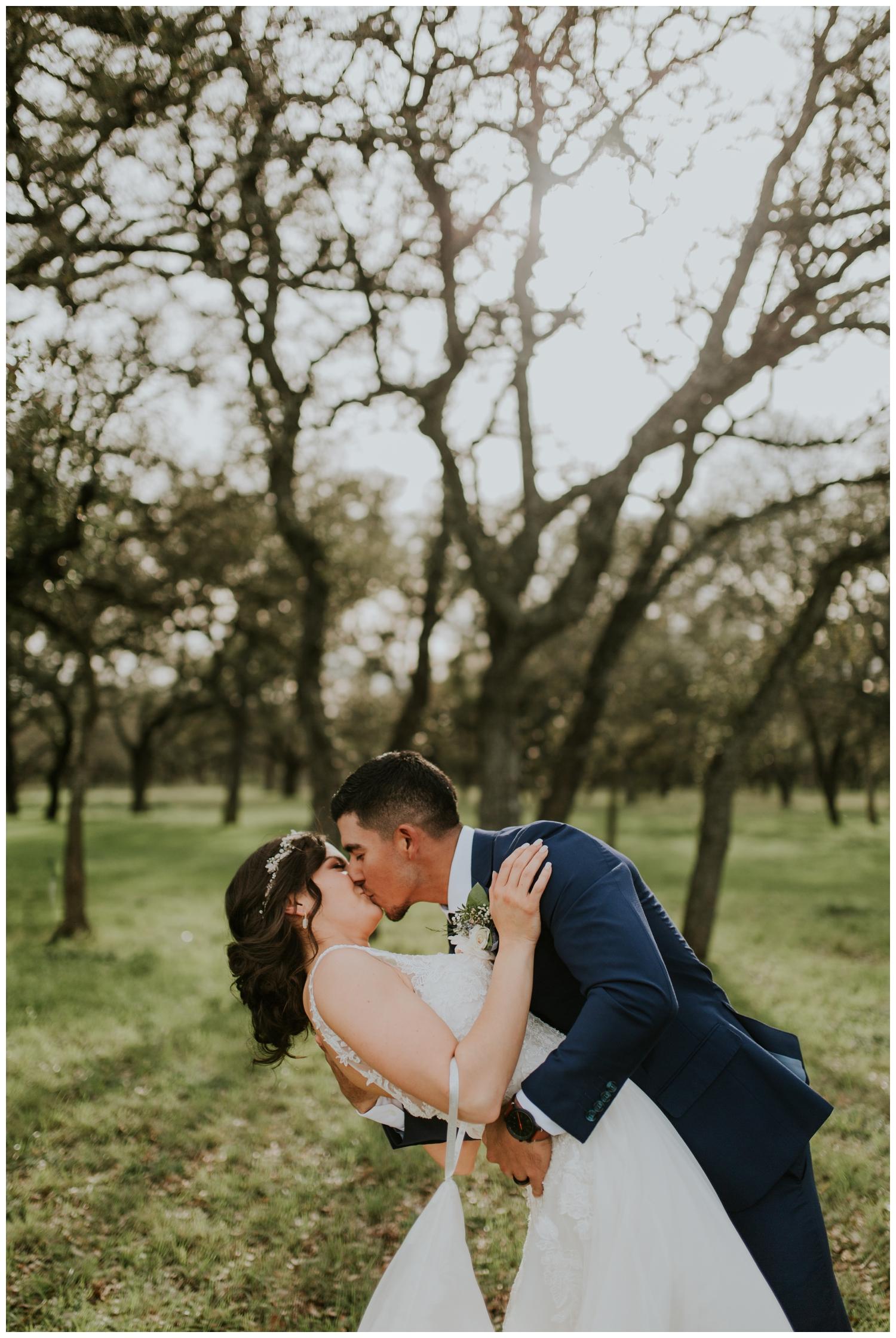 Ashlee+Mike, Featherstone Ranch Spring Wedding, San Antonio, Contista Productions Wedding Photography_0016.jpg
