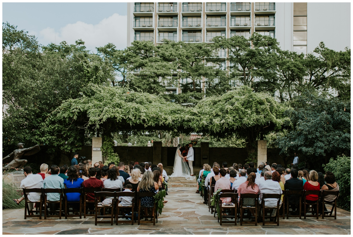 Ana + Sean || Jack Guenther Pavilion at the Briscoe Wedding San Antonio, Texas (Joshua and Parisa – Contista Productions)_0068.jpg