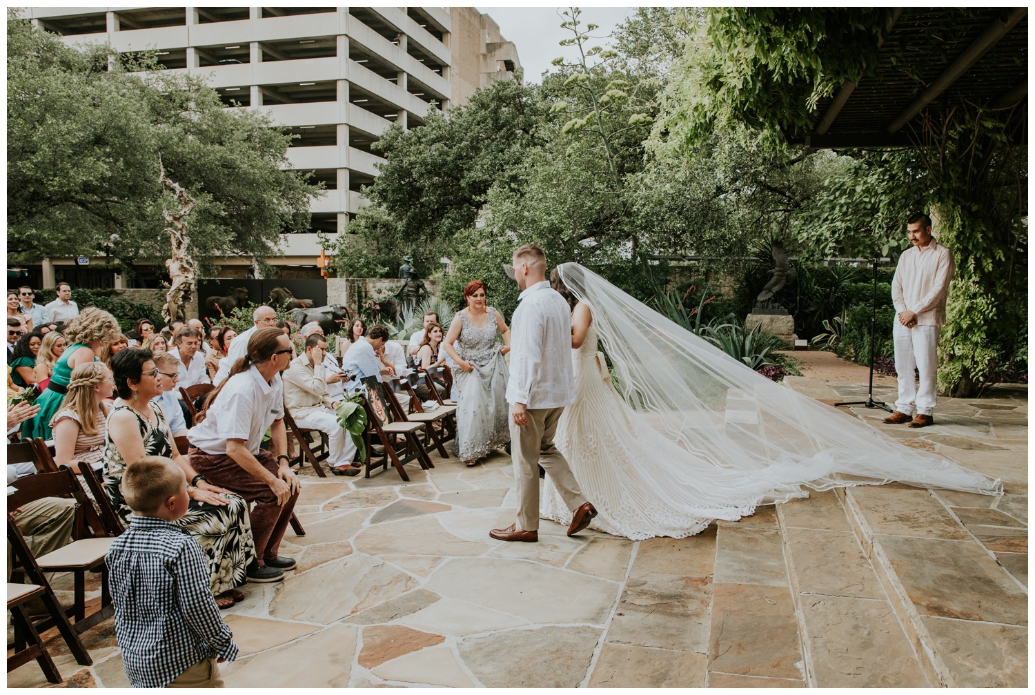 Ana + Sean || Jack Guenther Pavilion at the Briscoe Wedding San Antonio, Texas (Joshua and Parisa – Contista Productions)_0070.jpg