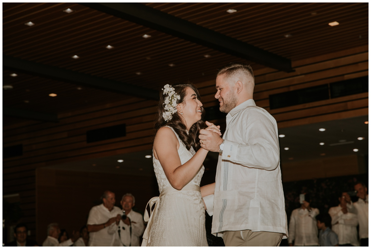 Ana + Sean || Jack Guenther Pavilion at the Briscoe Wedding San Antonio, Texas (Joshua and Parisa – Contista Productions)_0095.jpg