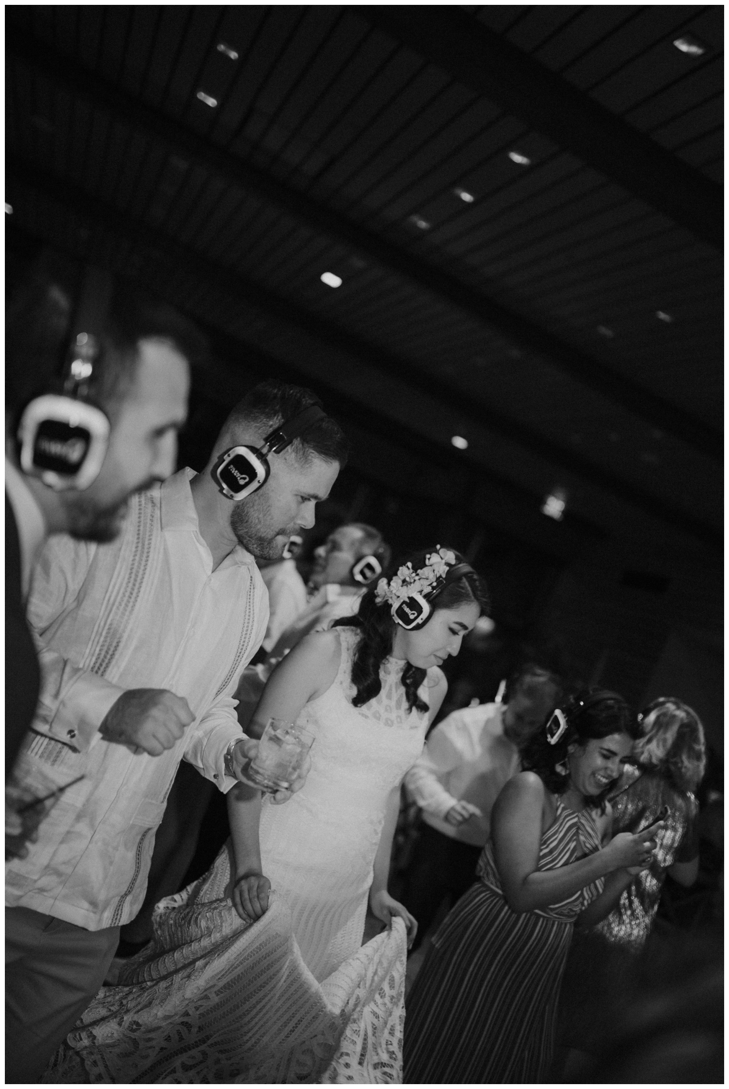 Ana + Sean || Jack Guenther Pavilion at the Briscoe Wedding San Antonio, Texas (Joshua and Parisa – Contista Productions)_0110.jpg