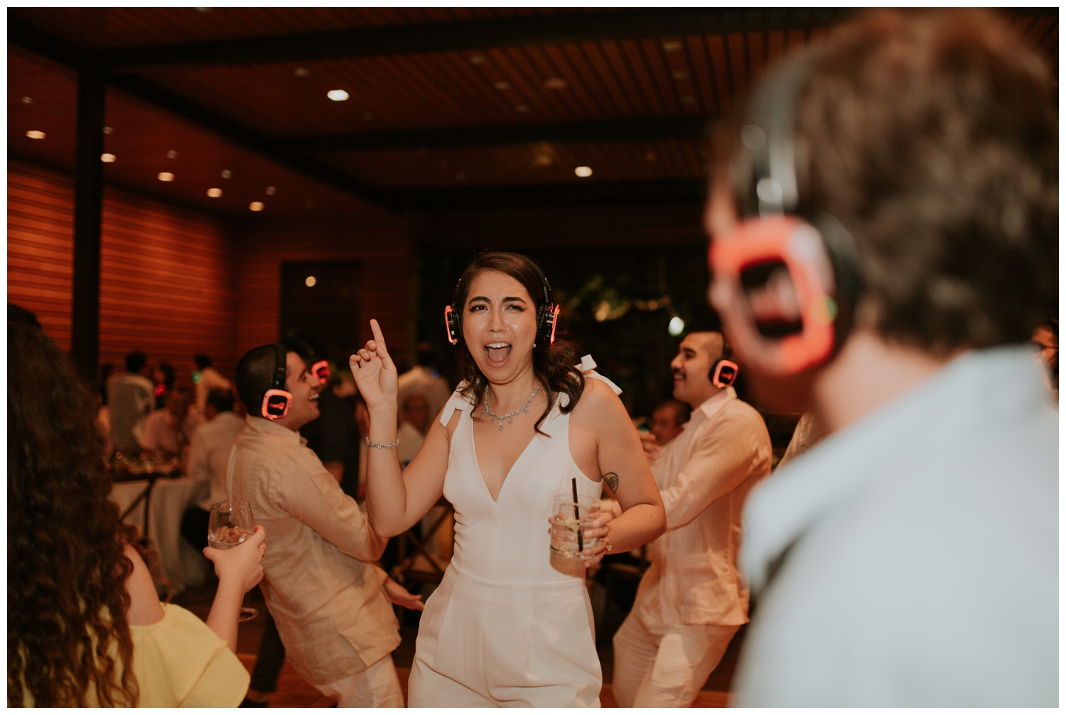 Ana + Sean || Jack Guenther Pavilion at the Briscoe Wedding San Antonio, Texas (Joshua and Parisa – Contista Productions)_0121.jpg