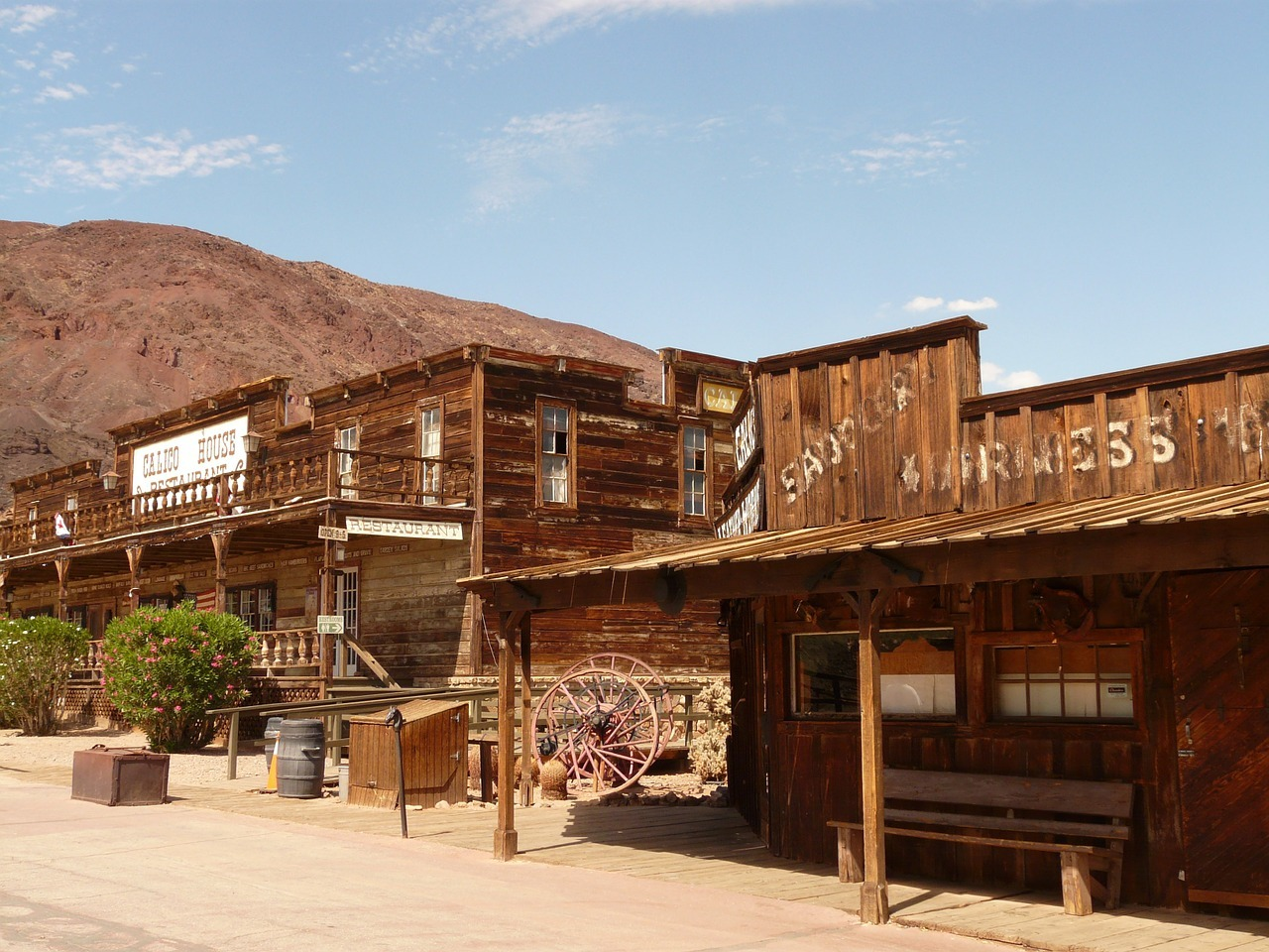 Calico-ghost-town.jpg