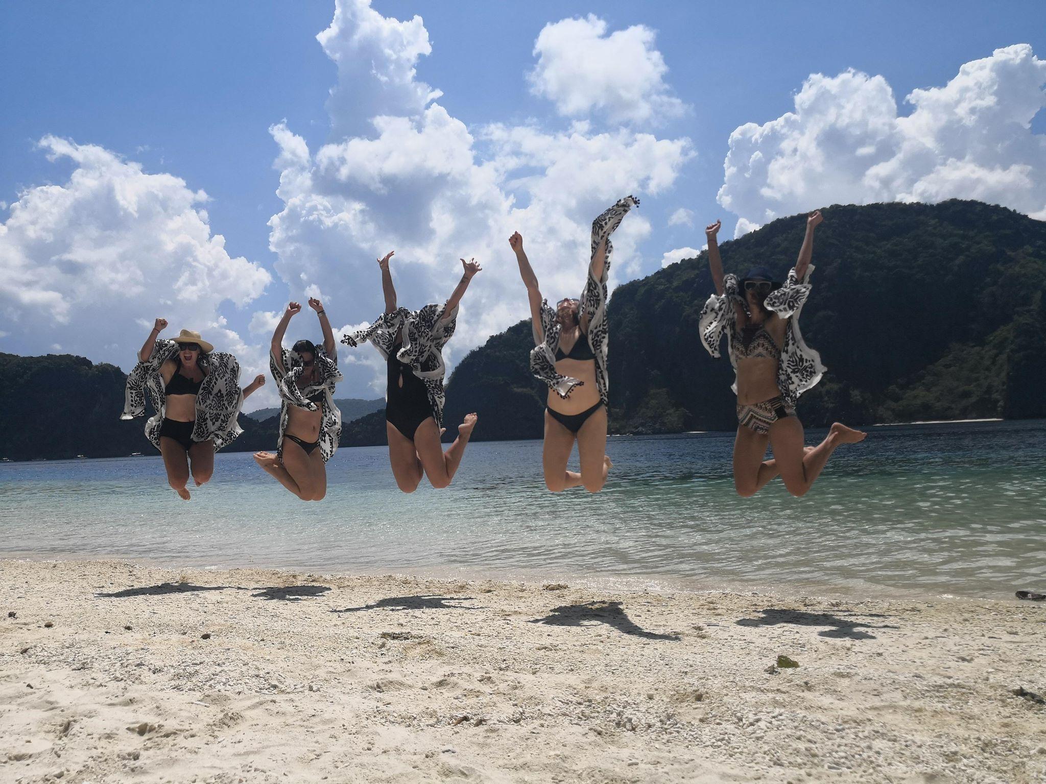 El Nido jump 2.jpg