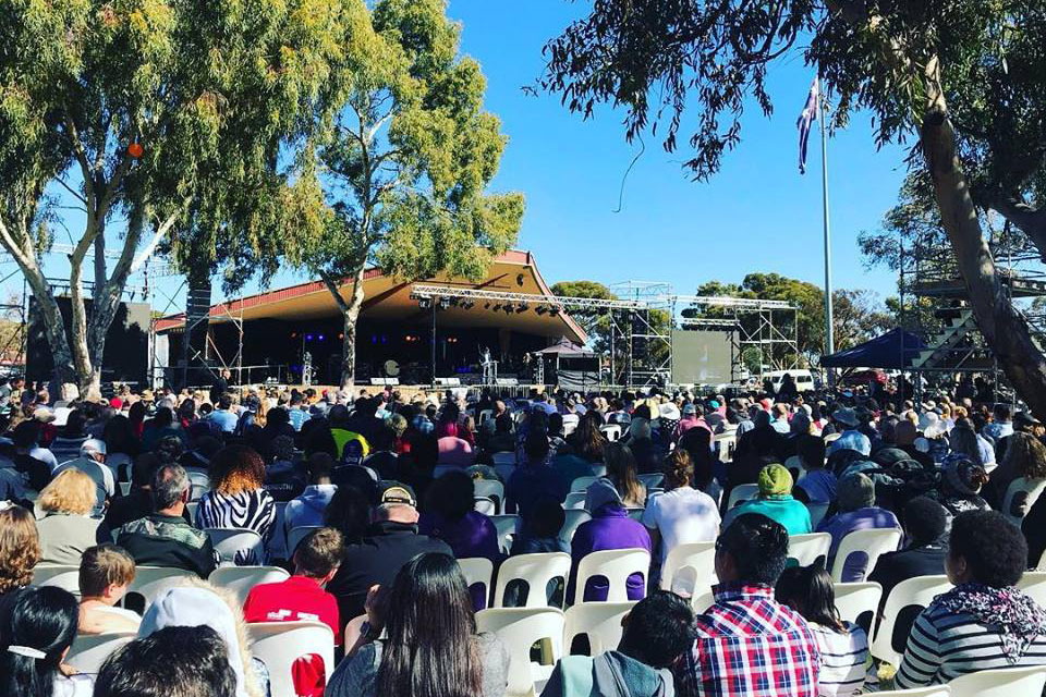 TheSundaymorning event at Goldfields Celebration with Will Graham.