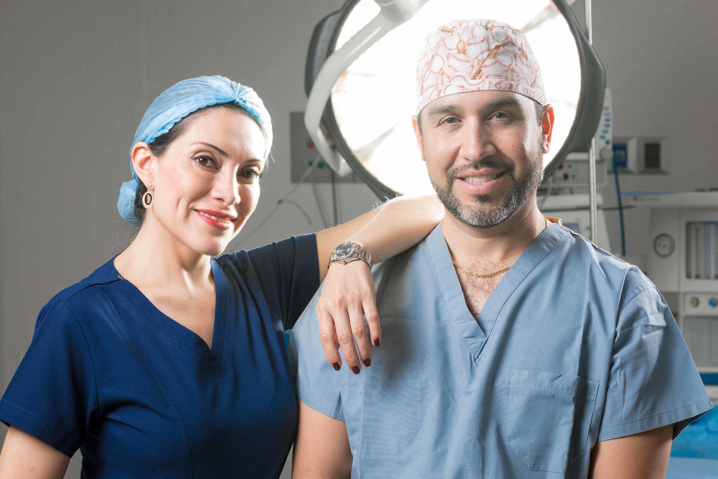 Cirujanos Plásticos by Adrián Tapia-5307.jpg
