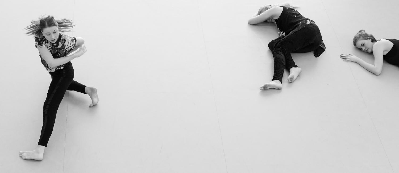 Kunstgress - Dance collective