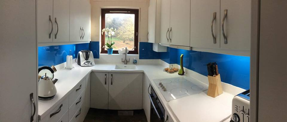 Coloured glass splashbacks   Whether you are revamping or installing a new kitchen, our coloured glass splashbacks will add that finishing touch  Freephone 0800 881 5640   Learn more