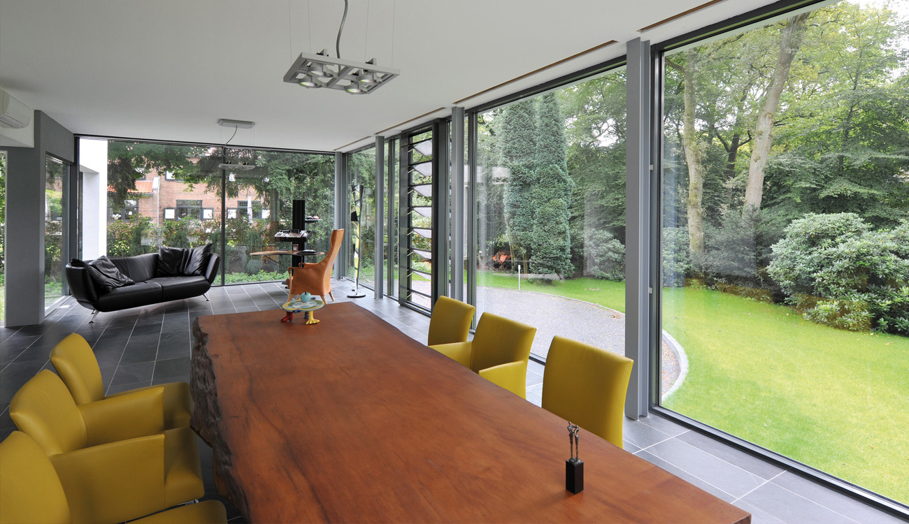 aïr   The cutting edge of what's possible in the world of bi-folding and sliding doors  Freephone 0800 881 5640   Learn more