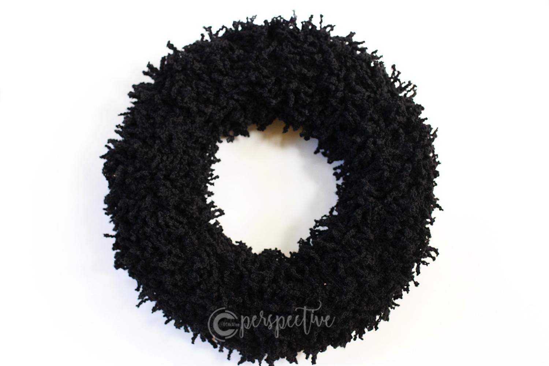 yarn wreath, Halloween wreath