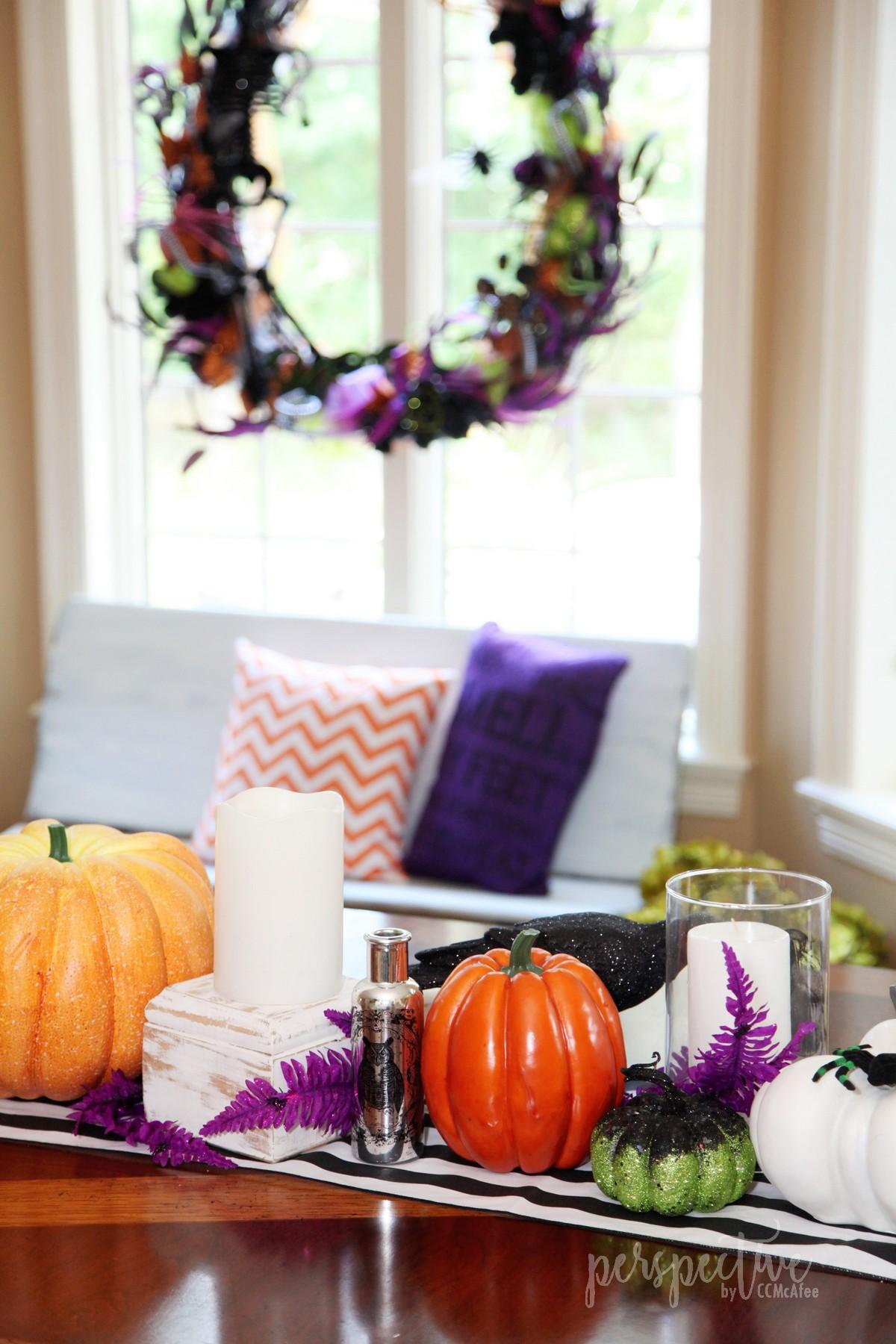 halloween wreath (1).jpg