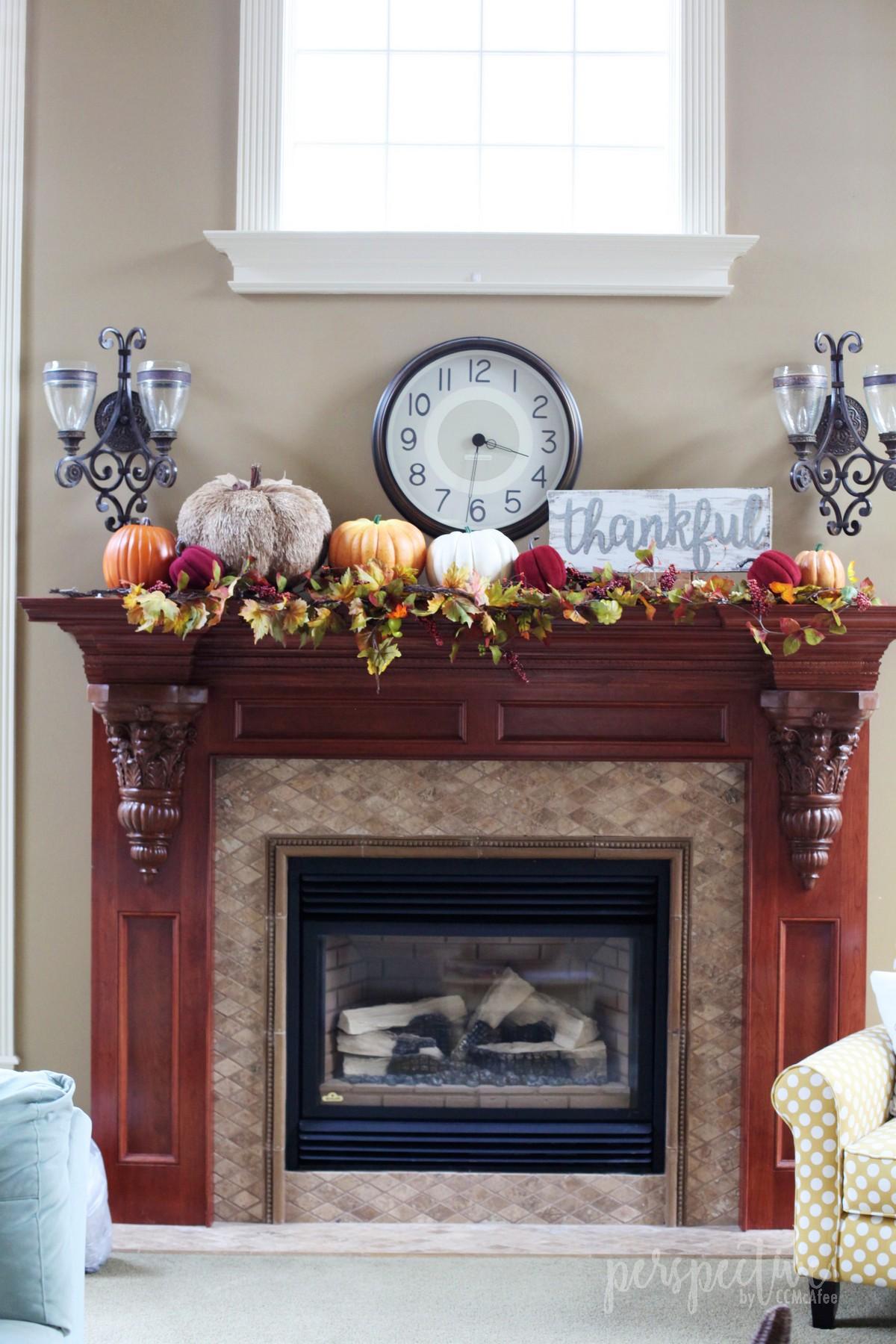 thanksgiving decor (2).jpg