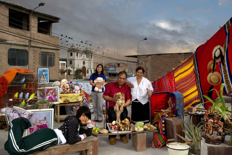 Melquiadina y su Familia (Melquiadina and her Family)