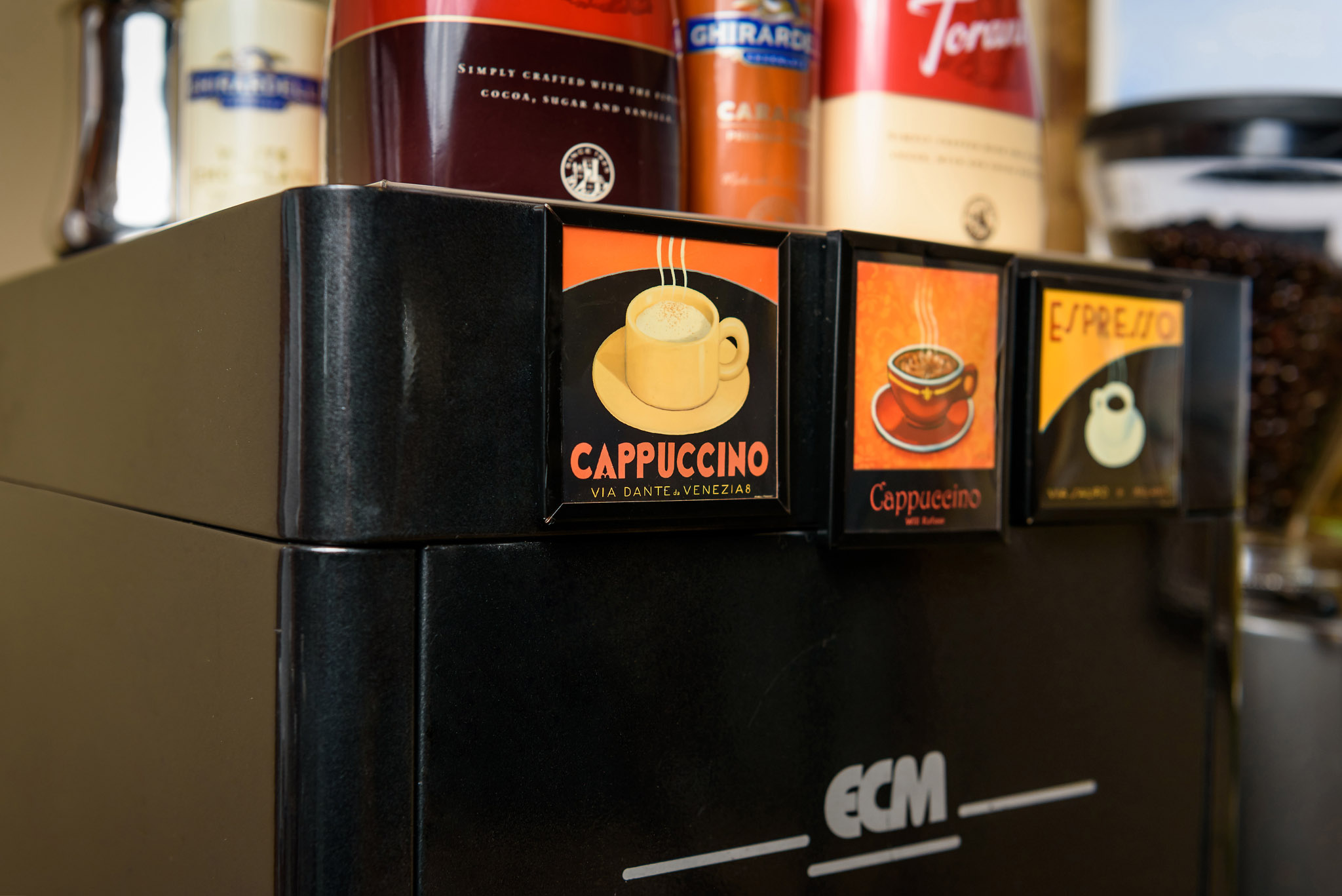 The workhorse of our business -- our one group espresso machine that is powerful but portable.