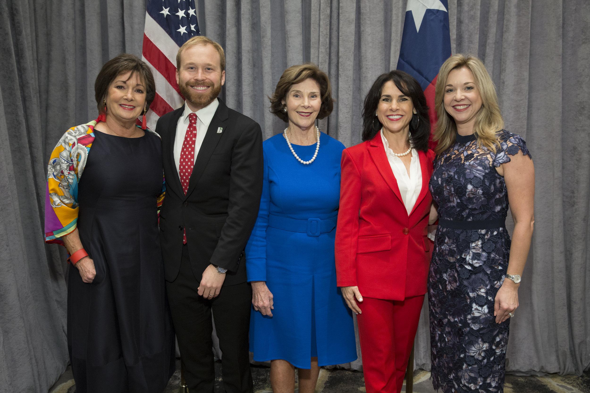 Cathy Cleary, Pierce Bush, Laura Bush, Maria Bush, Julie Baker Finck; Photo by Jenny Antill.jpg