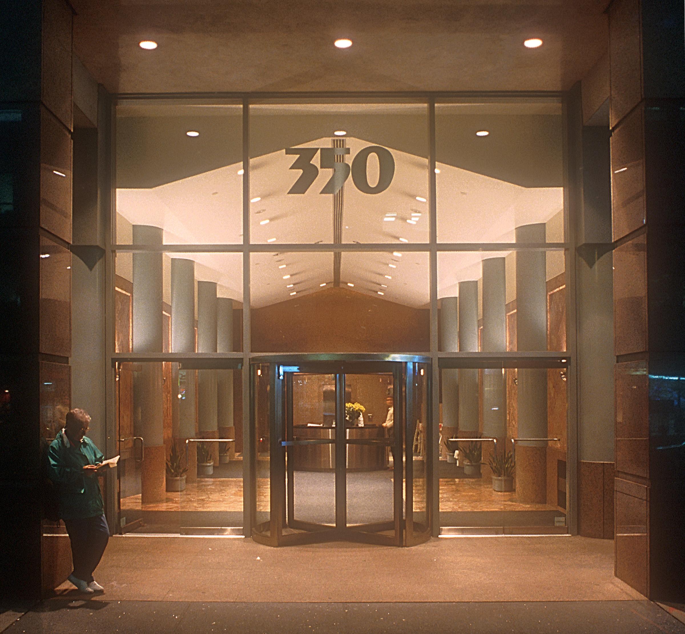 350Hudson Entry.jpg
