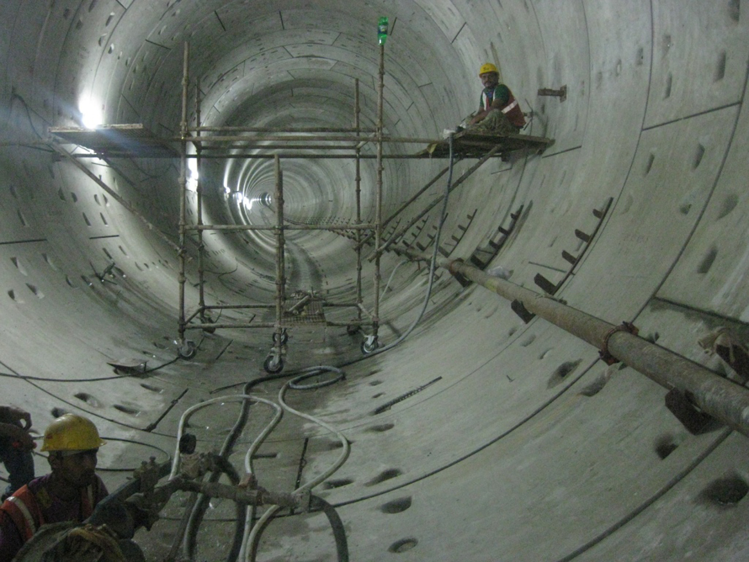 Grouting Work in Tunnel Drive 1.jpg